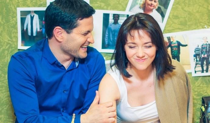 Ахтем Сейтаблаев и Ольга Гришина в сериала «Центральная больница»