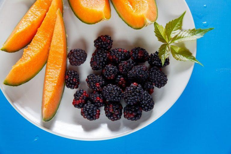 5 полезных сезонных продуктов августа: лучшие рецепты смузи