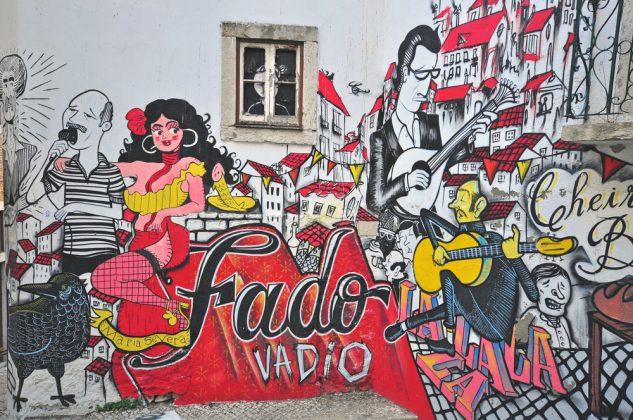 Граффити на стене дома Лиссабона Vadio