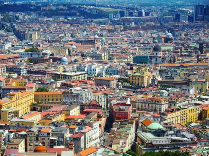 дома в Неаполе