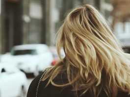Правильный уход за волосами осенью: насыщаем локоны витаминами