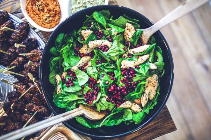 салат с шпинатом