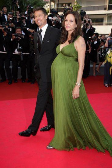 Бред Питт и беременная Анджелина Джоли на красной ковровой дорожке