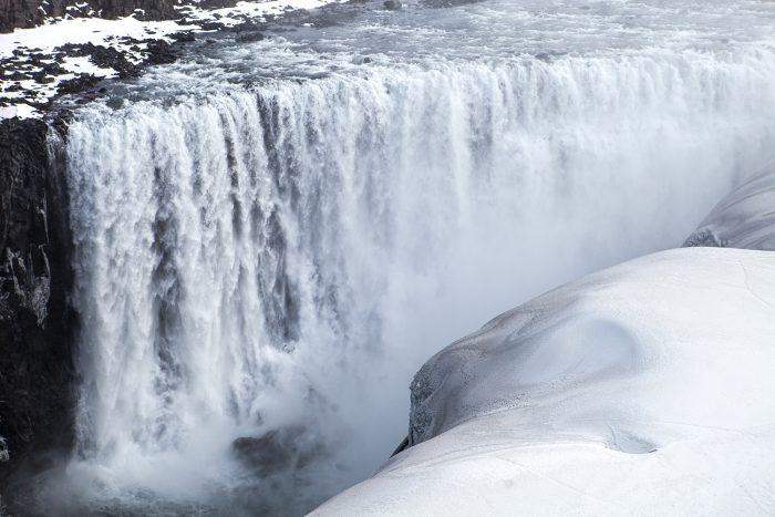 Исландия, водопад Деттифосс