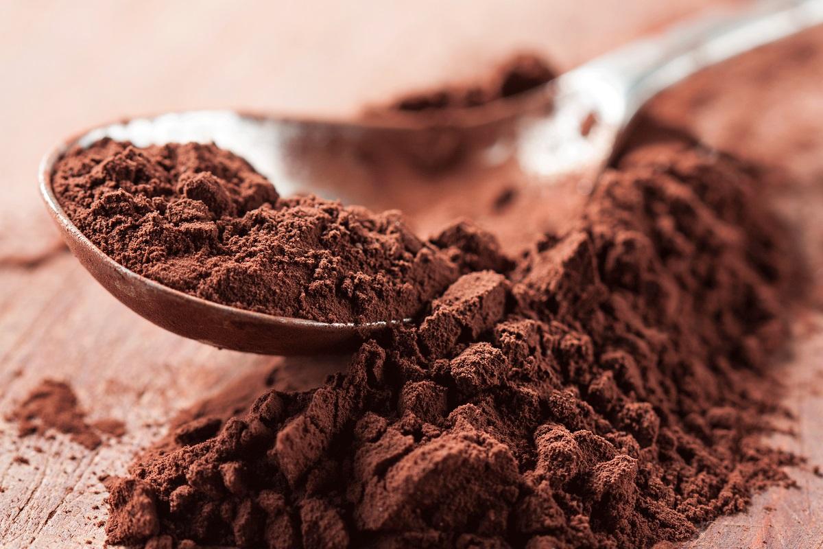 Какао-порошок или дробленные бобы какао