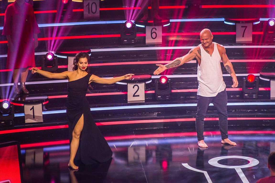 Слава Узелков танцует танго