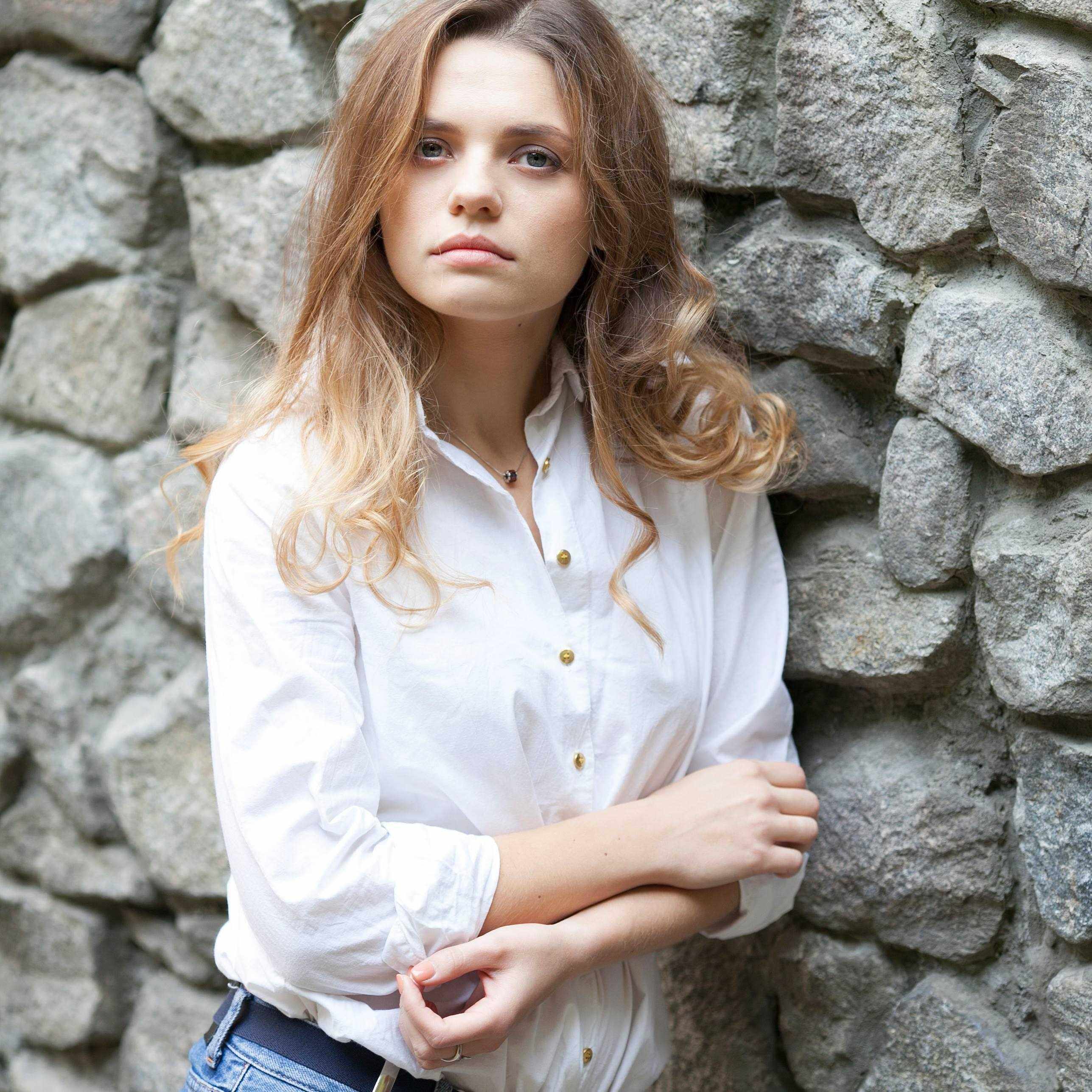 актриса Елена Борозенец