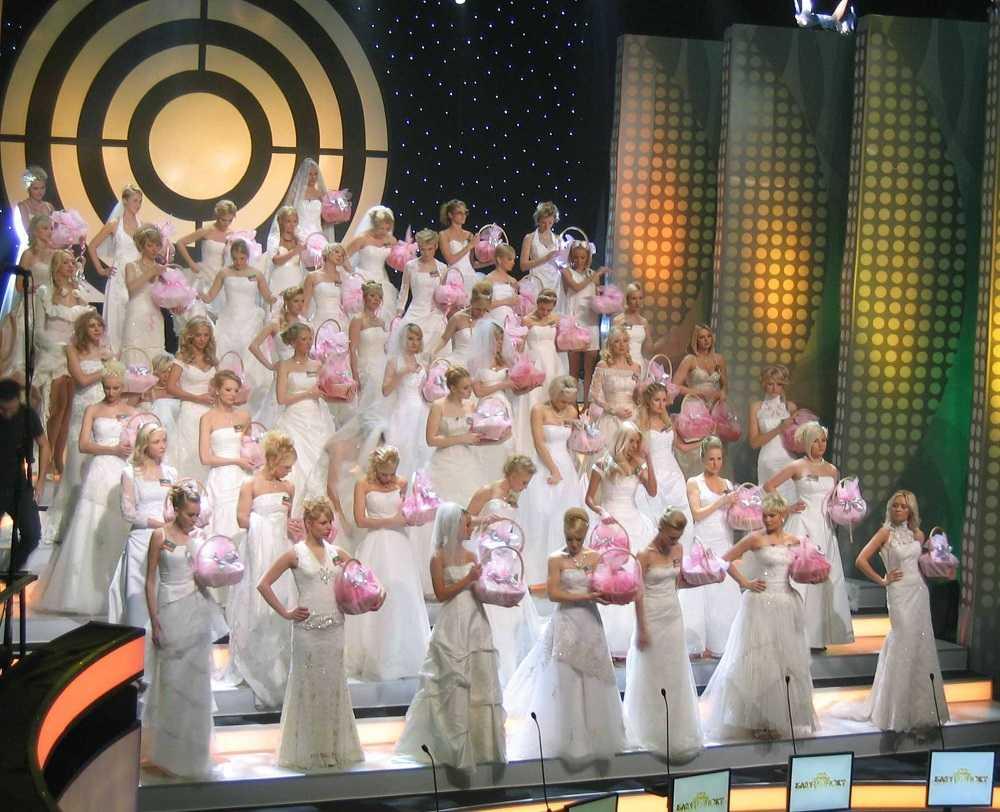 Кто против блондинок_Новый канал возобновляет съемки 2