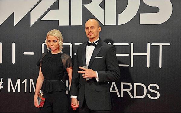 Ангела с режиссером Юджином.