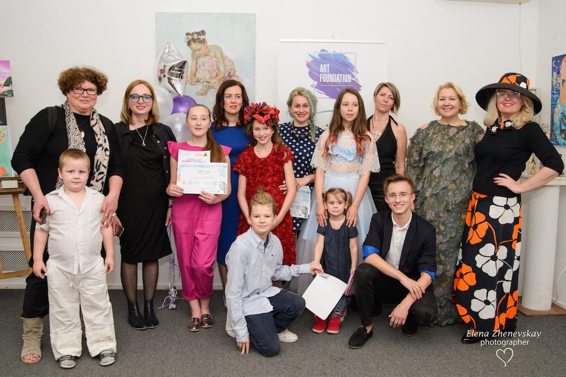 Рисуй, чтобы победить: интерактивная выставка «Мир кино с художником Игорем Галаном» в киевском музее 3