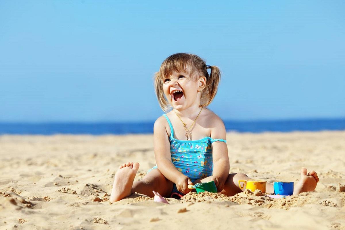 Опасность и минусы пребывания на солнце для детей