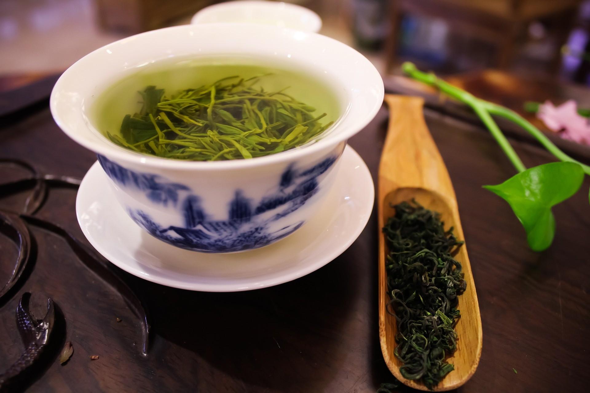 Зеленый чай предотвращает разрушение зубов