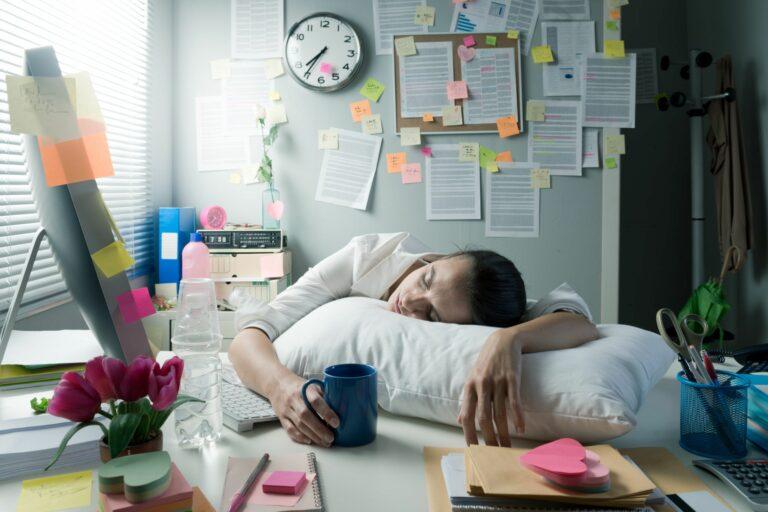 7 признаков трудоголизма