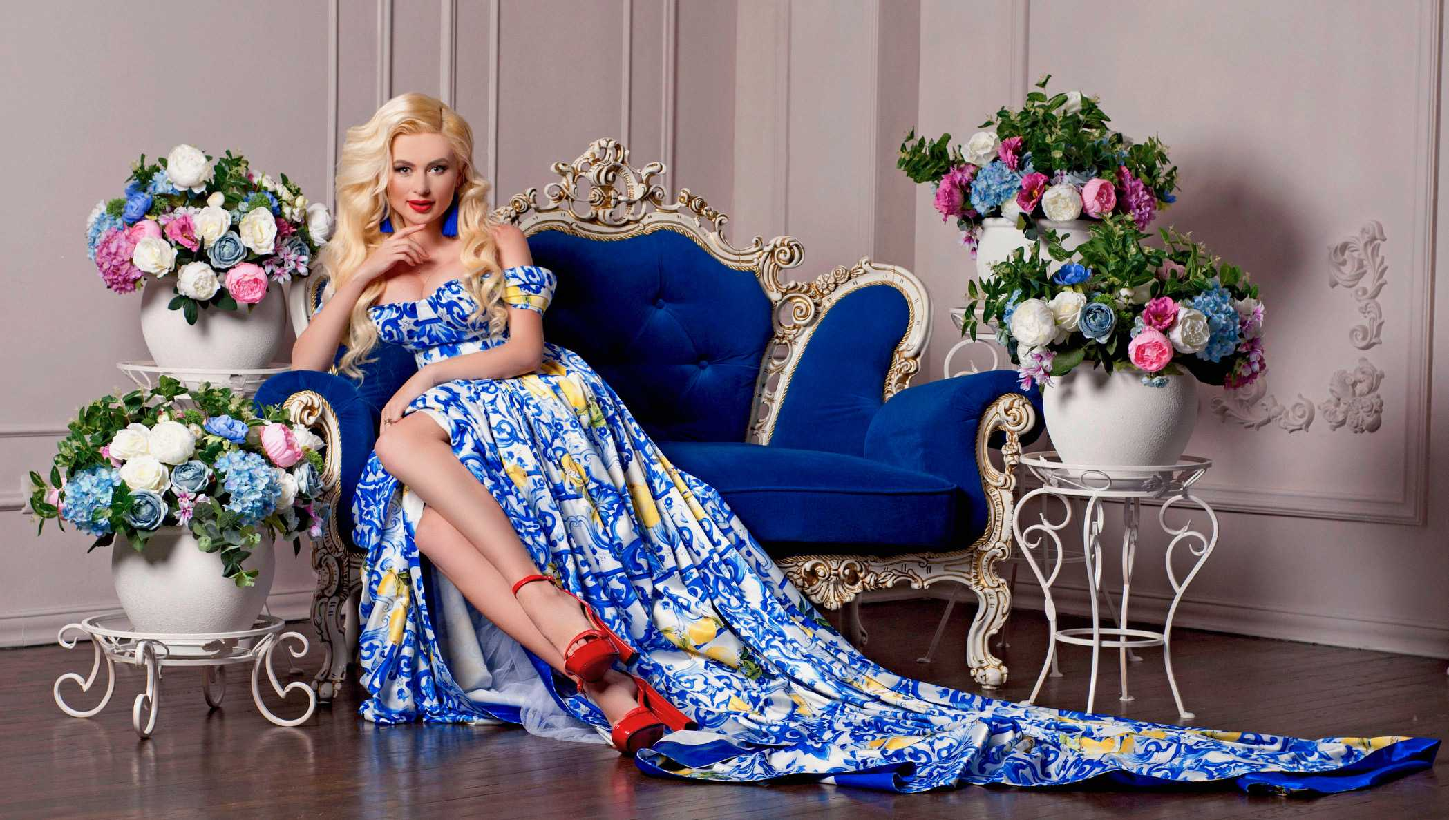 украинская певица ANGELA
