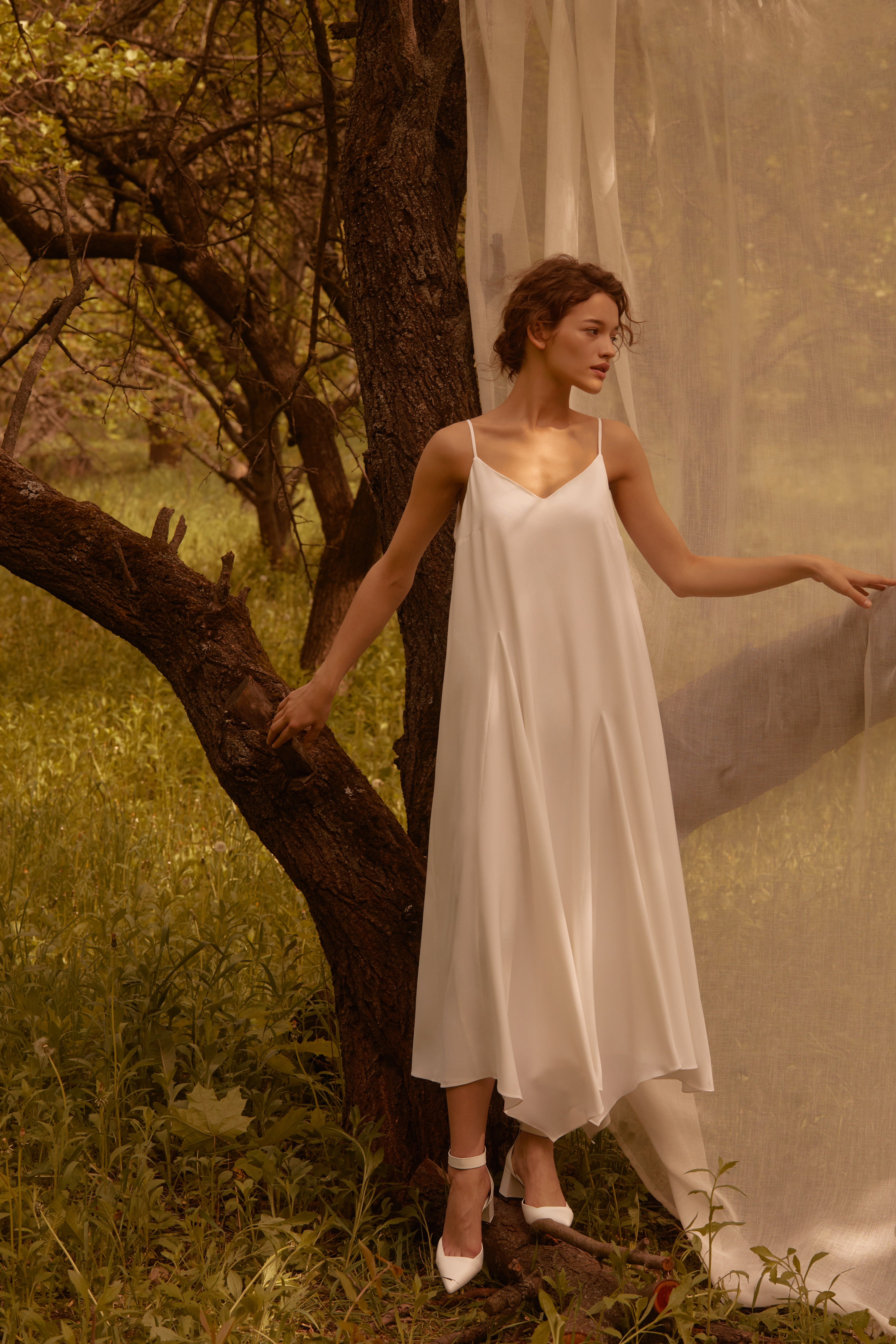 Лесная песня, лилия и образ Мавки в новой коллекции - Total White x SHUSHAN 1