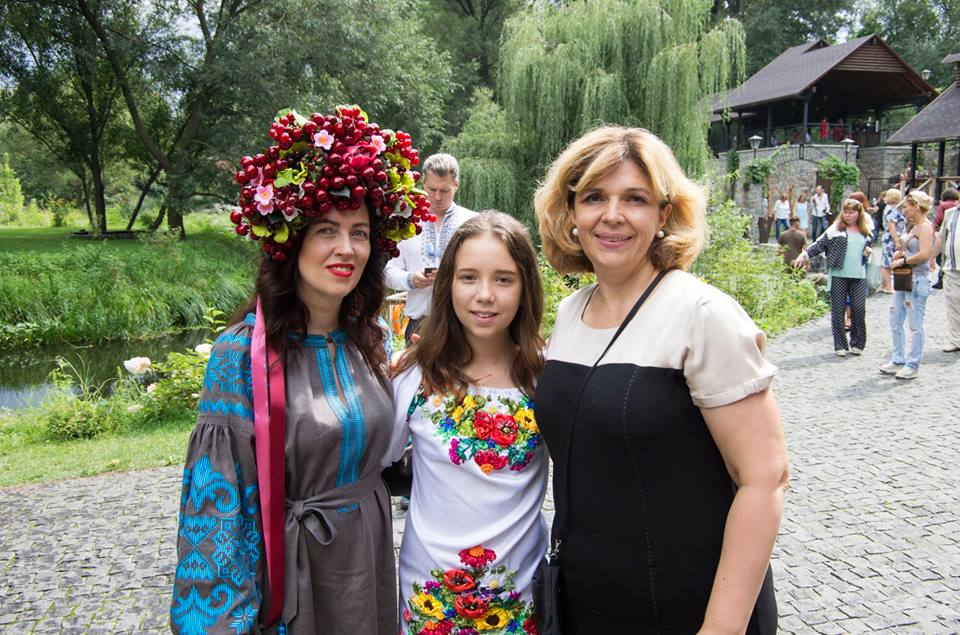 Етнофешншоу Аристократична Україна LuckyUkraine 10