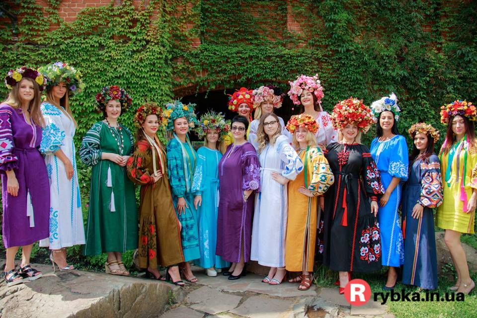 Етнофешншоу Аристократична Україна LuckyUkraine 9