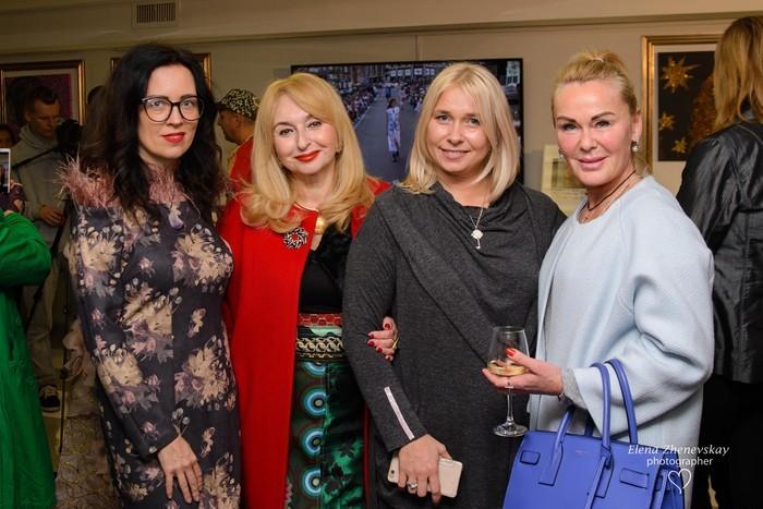 23 октября в Киеве состоялось открытие выставки Славы Займак «Самое интересное о женщине» 1