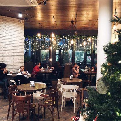 8 интересных кофеен города Черкассы Lviv Croissants 5