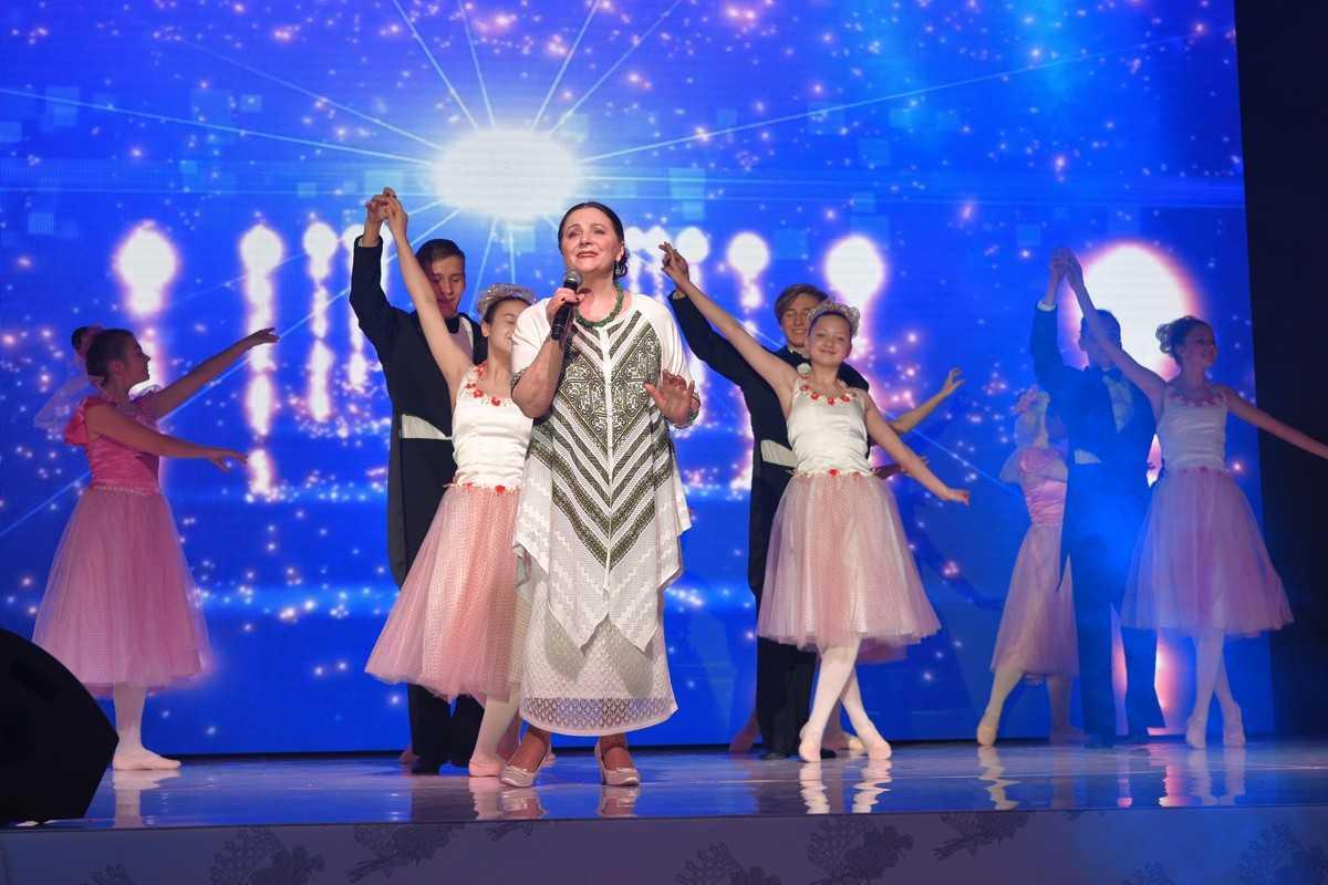 Невестка Поплавского победила в конкурсе Mrs. International-2019, который пройдет в США 1