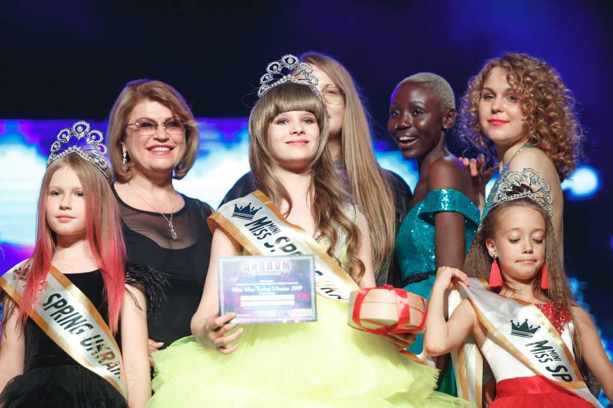 На конкурс от Superstar Corporation прилетела делегация из Милана 2
