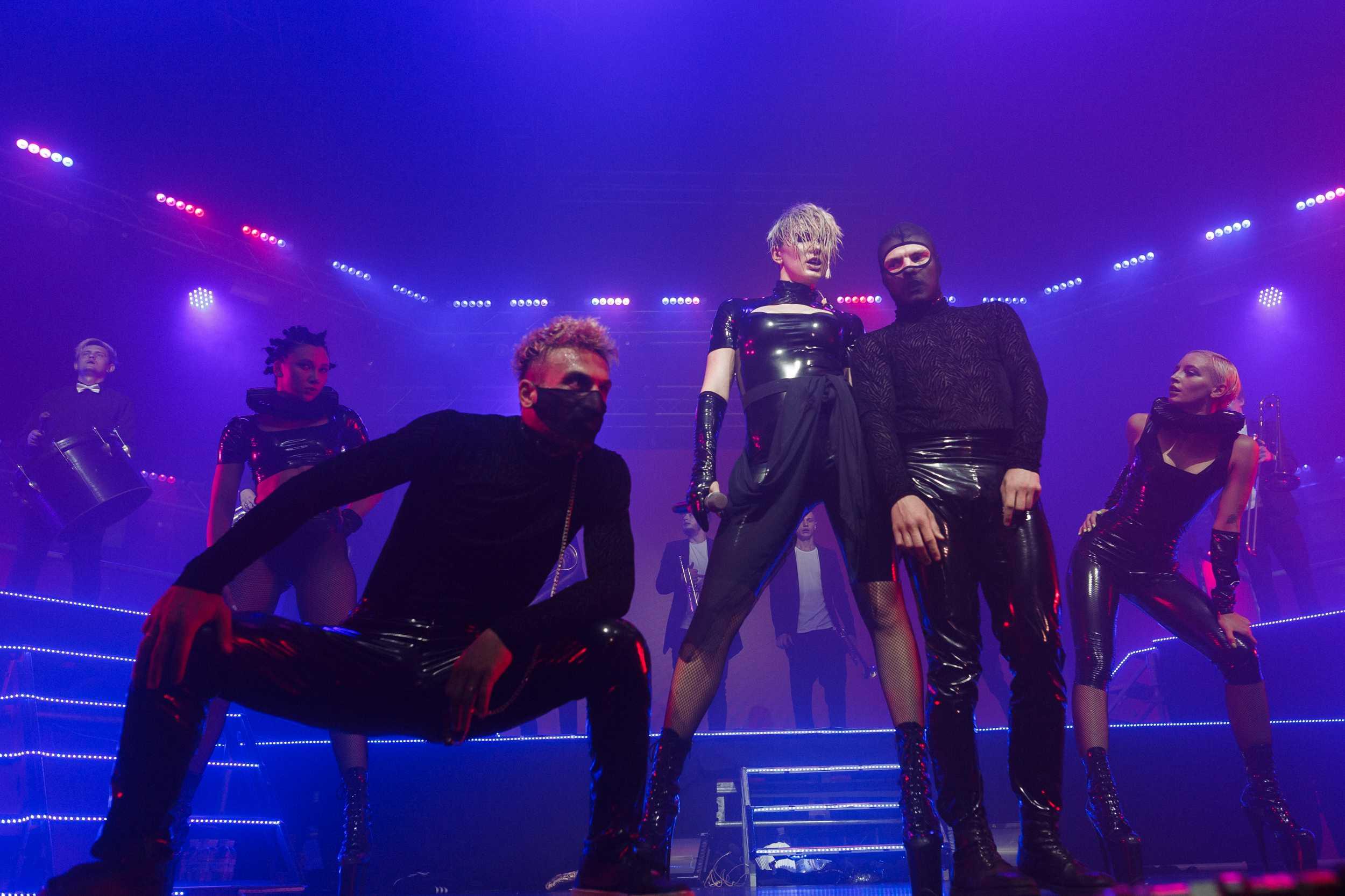 MARUV на первом сольном концерте заставила Киев покрыться семью потами 1