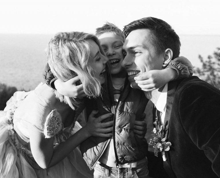 Теле- ирадиоведущий Андрей Черноволнежно поздравил жену сднём рождения сына