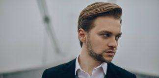 Артем Кондратюк представил новый клип напесню «Яблагаю» logo