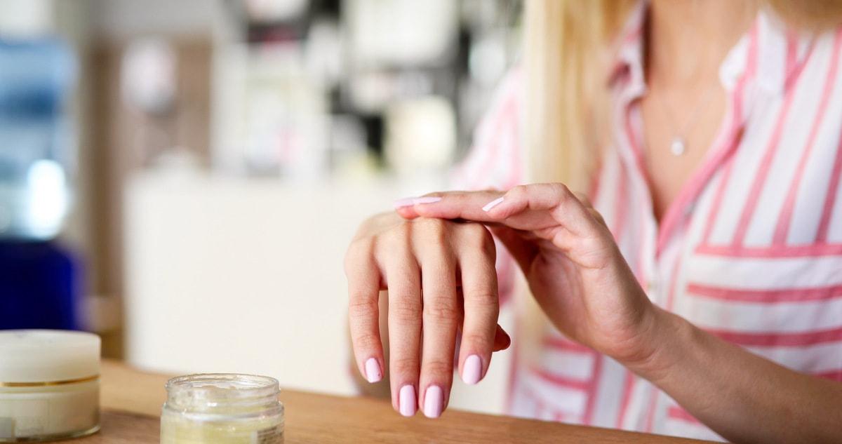 Как же выбратьхороший крем для руки узнать в чем их отличие
