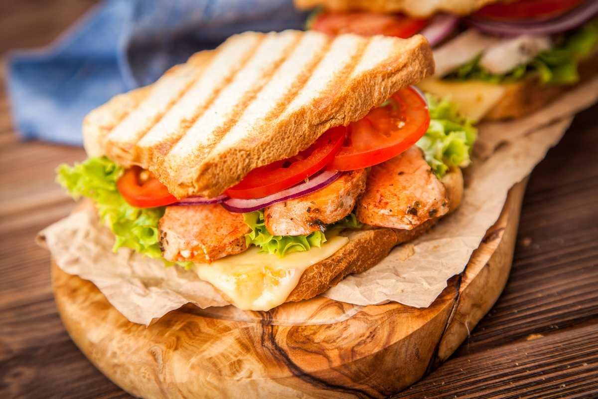 Бутерброд з куркою