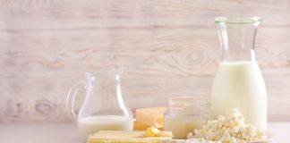 4 продукти з козячого молока своїми руками