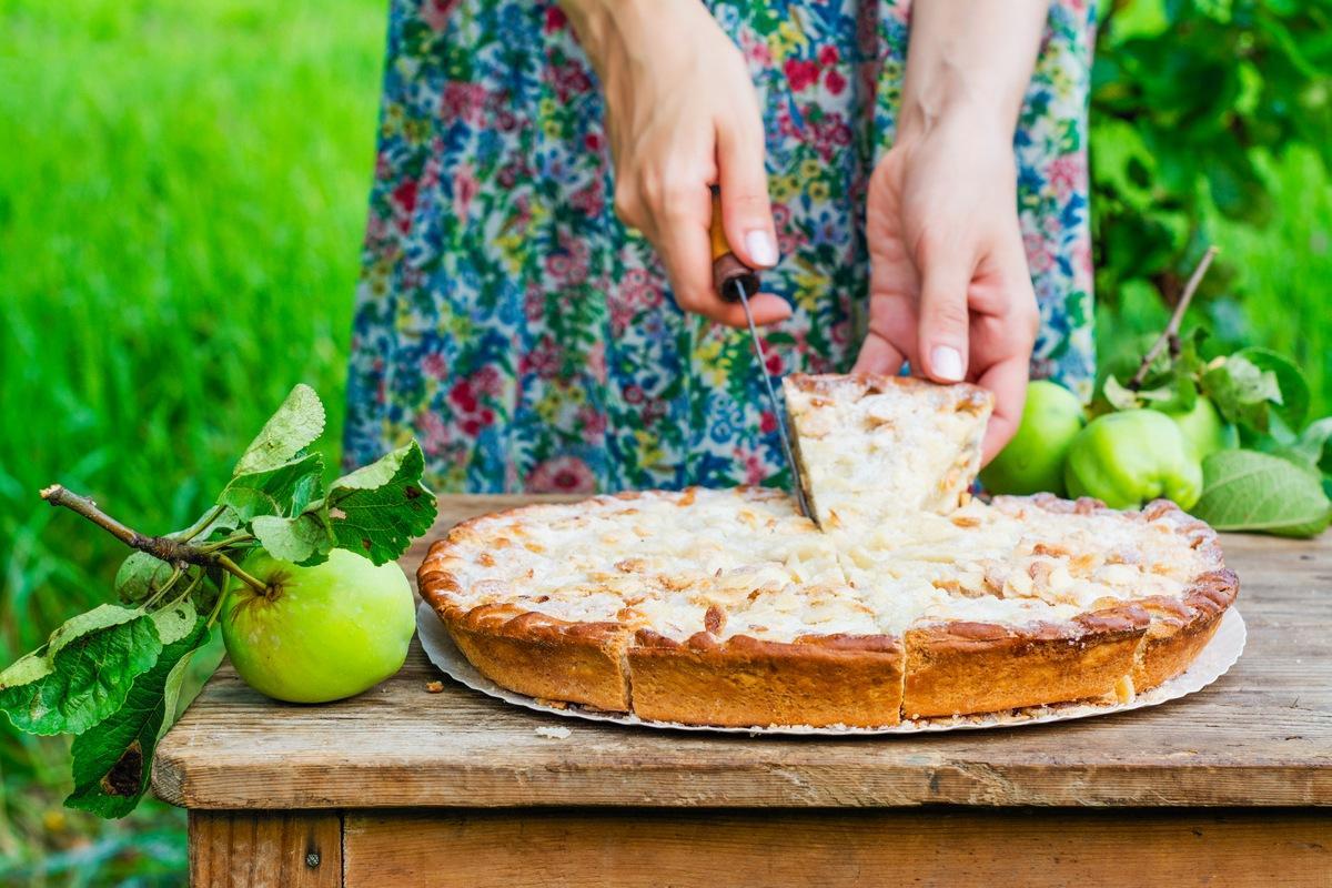Чудовий яблучний пиріг