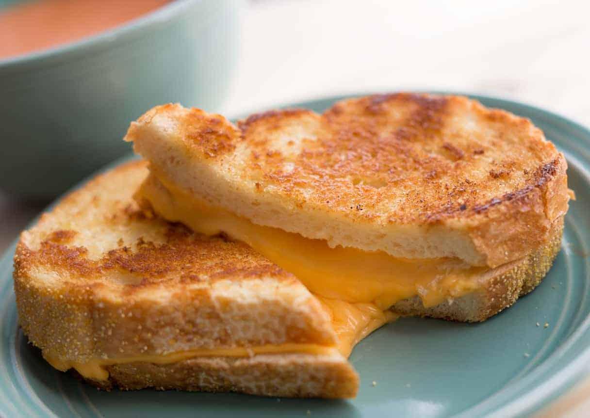 Смажений сендвіч із сиром