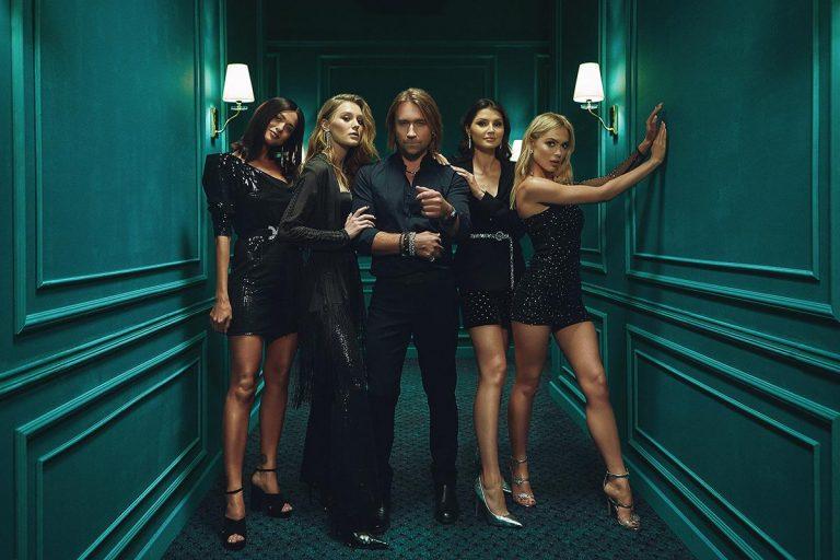 Олег Винник показал бекстейдж со съемок нового клипа «Безумная Любовь»