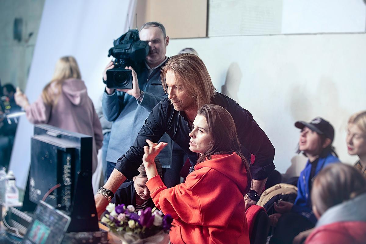 Олег Винник показал бекстейдж со съемок нового клипа «Безумная Любовь» 3