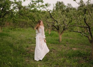 2KOLYORY представил новую коллекцию платьев вышиванок ZERNO