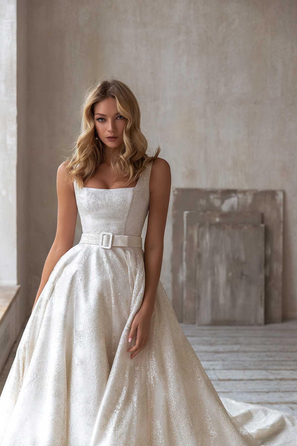 Brie Новая свадебная коллекция Less is more бренда Eva Lendel