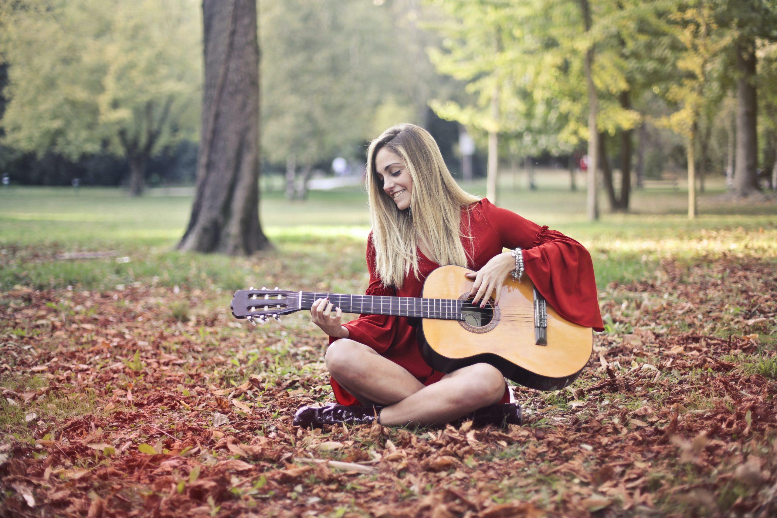 10 украинских песен под гитару