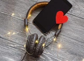 10 українських пісень про кохання