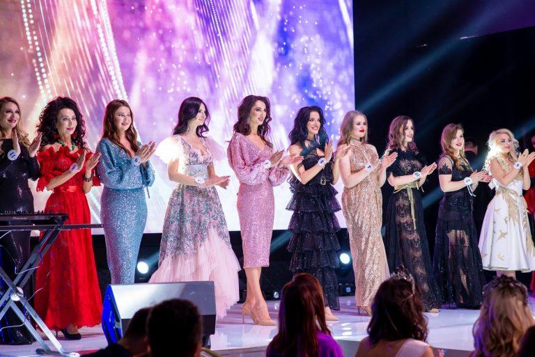 Победительницей конкурса Краса Країни 2021 стала одесситка Алина Вареник