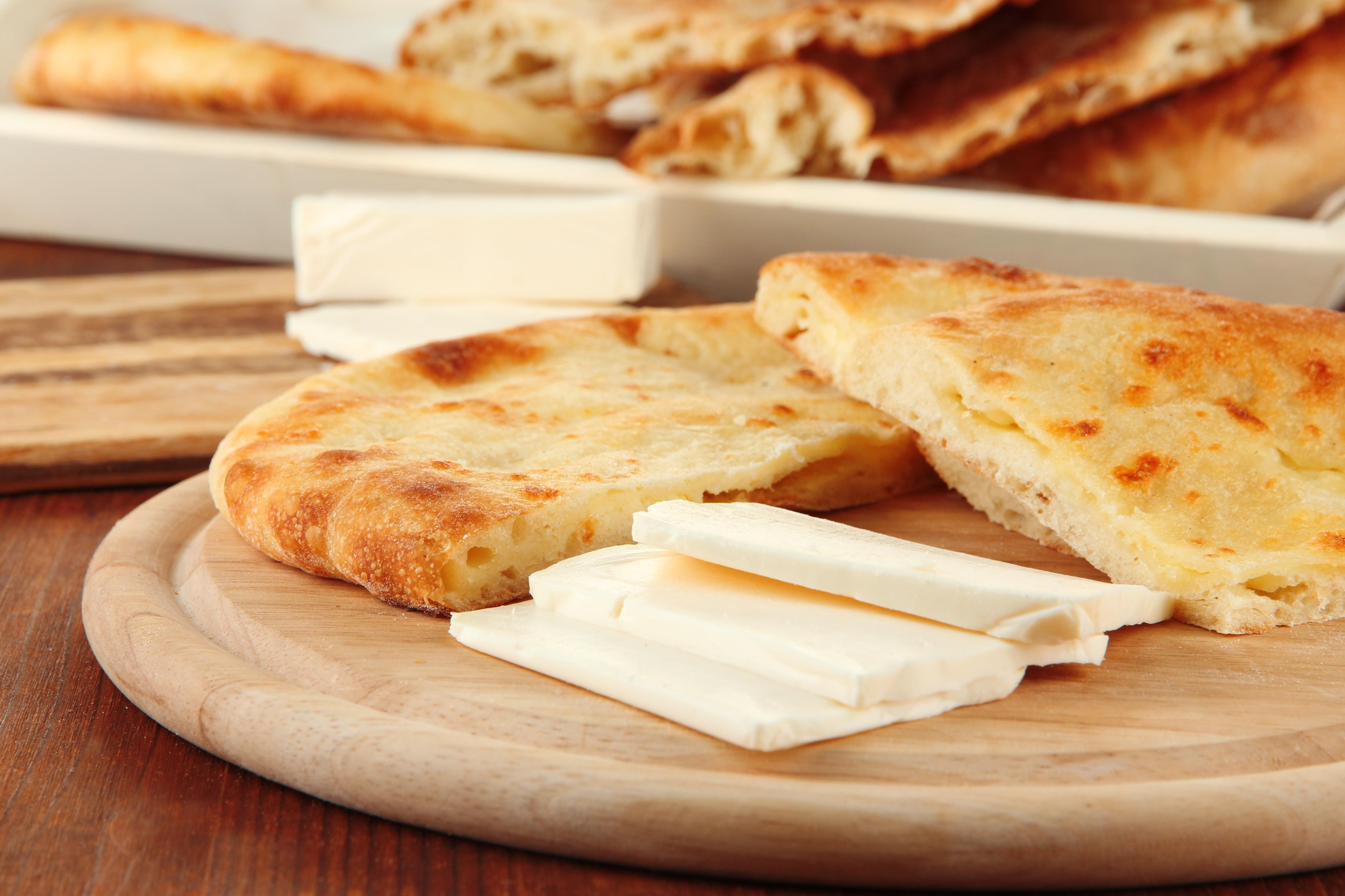 Пита с дыней и мягким сыром